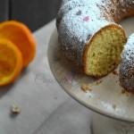 Bundt cake nocciola e arancia senza lattosio